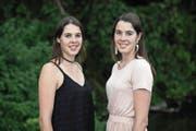 Unzertrennlich, aber eigenständig: Sofia (dunkles Kleid) und Ann-Katrin Burgener. (Bild: Pius Amrein (Eschenbach 12. Juni 2017))