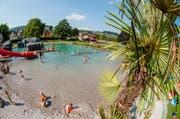 Blick auf das Naturbad der Badi in Kriens. (Bild: Roger Grütter / Neue LZ)