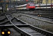 Das Sturmtief legte die Zentralbahn lahm. (Bild Chris Iseli/Neue LZ)