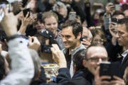 Das Interesse an Roger Federer ist gross. (Bild: Ennio Leanza / Keystone (Zürich, 30. Januar 2018))