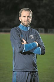 Pascal Bader ist der neue Spielertrainer des FC Hochdorf. ACHTUNG: BILD ALS QUOTE GEDACHT!!! Das Bild entstand am Dienstag, 8. August 2017. (Bild Pius Amrein / Luzerner Zeitung) Sport, Fussball, Portrait (Bild: Pius Amrein (8. August 2017))