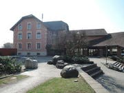 Das Schulhaus Dorf in Hildisrieden wird saniert. (Bild: PD/schule-hildisrieden.ch)