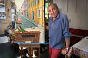Werner Vogel mit dem Originalbild. (Bild: Isabelle Jost (Luzern, 4. Juli 2017))