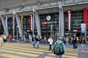 Eingangsportal des Bahnhof Luzern. (Archivbild Neue LZ)