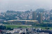 Auf der Allmend wurden bereits zwei Hochhäuser realisiert. (Bild: Stefan Kaiser/Neue LZ)