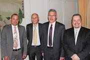 Sie sind als offizielle Nationalratskandidaten der SVP gewählt worden (von links): Marcel Dettling, Oberiberg, Roland Lutz, Einsiedeln, Pirmin Schwander, Lachen, Xaver Schuler, Seewen. (Bild: Ruggero Vercellone)