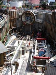 Mit einer solchen Tunnelbohrmaschine wird am Projekt gearbeitet. (Bild: PD / Kissling + Zbinden AG)