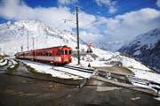 Die Matterhorn Gotthard Bahn bei der Haltestelle Nätschen. (Bild: Corinne Glanzmann)