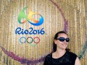 Simone Dietrich aus Zug ist eine von vier Freiwilligen aus der Schweiz, die in Rio de Janeiro bei den Vorbereitungen zu den Olympischen Sommerspielen mithelfen. (Bild: PD)