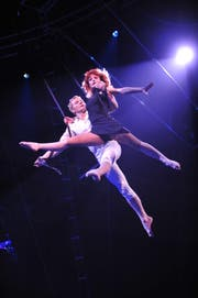 Das russische Duo «Desire of Flight» schwebt in der Luft. (Archivbild: PD / Circus Knie)