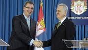 Präsident Tomislav Nikolic (rechts) und Premier Aleksandar Vucic. (Bild: Medin Halilovic/Getty (22. April 2014))