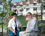 Wollen eine schnelle Lösung: Gemeinderätin Ruth Bachmann-Schärli und Heimleiter Mathias Miltenberger. (Bild: Boris Bürgisser, Schötz, 29. September 2014)