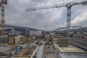 Im Baugewerbe kühlte sich die Geschäftslage gegen Ende 2017 ab, blieb aber gut. Auf dem Bild: die Baustelle an der Arsenalstrasse in Kriens. (Bild: Pius Amrein (Kriens, 26. Februar 2018))