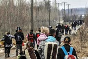 Kosovaren durchqueren Serbien auf dem Weg nach Ungarn - viele wollen nach Deutschland. (Bild: Getty)