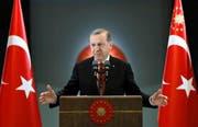 Der türkische Präsident Recep Tayyip Erdogan bei einem Anlass zum Fastenbrechen am 27. Juni in seinem Palast in Ankara. (Bild: AP/Murat Cetinmuhurdar)