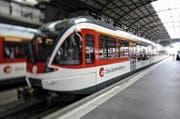 Die Zentralbahn konnte am Mittwochmittag zwischen Luzern und Horw nicht fahren. (Symbolbild) (Bild: Remo Nägeli / Neue LZ)