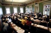 Blick in den Zuger Kantonsratssaal: Wird das Parlament der Regierung und ihrer zurückhaltenden Haltung zu den NFA-Vorstössen folgen? (Archivbild Stefan Kaiser / Neue ZZ)