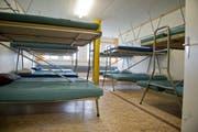 Blick in die Militärunterkunft Hübeli in Eschenbach. (Bild: Dominik Wunderli / Neue LZ)