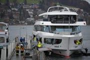 Das MS Diamant wurde für Reparaturarbeiten nach Luzern in die Werft gebracht. (Bild: Corinne Glanzmann/LZ (Luzern, 8. Dezember 2017))