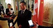 Der chinesische Antikorruptionsminister Li Shulei in Bern. (Bild: Stefan Wermuth/Reuters (5. Dezember 2017))