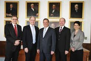 Der Obwaldner Regierungsrat (von links): Franz Enderli, Hans Wallimann, Paul Federer, Niklaus Bleiker und Maya Büchi. (Bild: Corinne Glanzmann / Neue OZ)