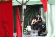 Jazzmin spielt auf der Bühne. (Bild: Stefan Kaiser (Zug, 1. Mai 2017))