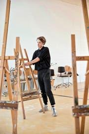 Ein Student bei den letzten Vorbereitungen. Bild: Manuela Jans-Koch (Emmen, 22. September 2016)