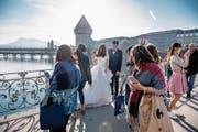 Asiatische Hochzeit an der Reuss. (Bild: Nadia Schärli (Luzern, 23. September 2017))