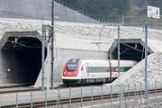 Zu Testzwecken sind am Montag sowohl alle schnellen Personenzüge... (Bild: Alexandra Wey / Keystone)