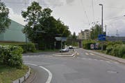 Der Kreisel Brüel und die Brüelstrasse zwischen dem Kreisel Brüel und dem Kreisel Verkehrshaus wird an fünf Nächten für jeglichen Verkehr gesperrt. (Bild: Google Maps)
