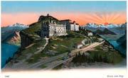 Rigi-Kulm vor schöstem Morgenrot. Ansicht auf einer Postkarte. (Bild: PD/Regionalmuseum Vitznau-Rigi)