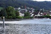 Das Ufer des Zugersees vor der Stadt Zug. (Bild: Werner Schelbert / Neue ZZ)