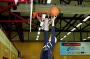 An einer Veranstaltung von Midnight Basket in Emmen. (Bild pd)