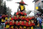 Viel Applaus gab es für die Pyramide der Löffinger Hexen. (Bild Ch. Bachmann/Neue SZ)
