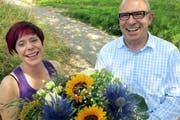 Hanns Fricker, Geschäftsführer der Tiermeldezentrale in Hergiswil, konnte im Juli Melanie Korn vom Tierheim Böhler in Schöftland als 10 000. Helferin begrüssen. Inzwischen sind es bereits 11 000. (Bild: PD)