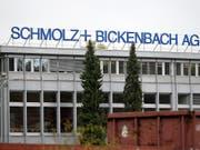Der Stahlkonzern Schmolz + Bickenbach wurde in Deutschland von Kartellbehörden durchsucht (Archivbild). (Bild: KEYSTONE/URS FLUEELER)