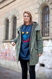 Hazel Brugger (22) und... (Bild: Boris Bürgisser / Neue LZ)