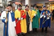 Die fünf Weibel der im LFK organisierten Zünfte und Fasnachtsgesellschaften warten auf ihre «Meister». (Bild: PD)