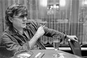 Polo Hofer (1945 bis 2017) war ein bodenständiger Sänger, ein ausgiebiger Trinker und wortgewandter «Polosoph». (Bild: Alessandro della Valle/Keystone (Bern, 1. September 1990))
