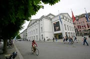 Das Luzerner Theater an der Reuss. (Bild: Archiv Neue LZ)