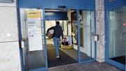 Die Poststelle Rotkreuz könnte dereinst geschlossen und durch eine Postagentur ersetzt werden. (Bild: Werner Schelbert (25. April 2017))