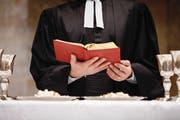 Reformierte Pfarrer sagen, die Volkswahl gehöre zu ihrem Berufsverständnis. (Bild: Getty)