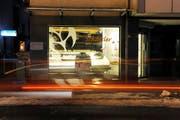 Bei dieser Bäckerei in Kriens ereignete sich mitten in der Nacht die Schlägerei mit tödlichem Ausgang. (Bild Pius Amrein/Neue LZ)