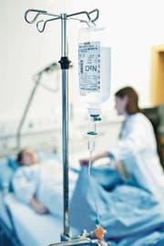 70 Prozent aller chirurgischen Eingriffe sind ohne Spitalaufenthalt mit Übernachtung möglich. (Bild: Boris Bürgisser (Luzern, 1. Dezember 2015))