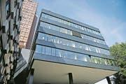 Das Kantonsspital ist der grösste Arbeitgeber in der Zentralschweiz. Im Bild das neue Notfallzentrum des Kantonsspitals Luzern. (Bild: Corinne Glanzmann (8. Juni 2017))
