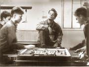 Jugendliche im Krienser Jugendzentrum Teiggi um 1990. Bild: Peter Fischli