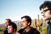 «Wo laufen sie denn?»: «Dub Spencer & Trance Hill» posieren in der Wüste. (Bild pd)