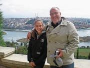 Macht nun fast täglich Sport: Riad Hodzic, unten mit Tochter Anesa 2012 in Istanbul. (Bild: Dominik Wunderli (Weggis, 11. September 2017))