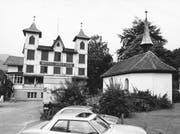 Der ehemalige «Sternen» mit seinen zwei Türmchen (Archivbild Neue LZ)