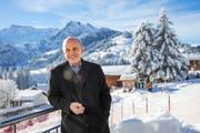 Die Freude an der Politik ist ihm nicht vergangen: der scheidende Bundespräsident Ueli Maurer gestern in Adelboden. (Bild: Keystone/Peter Klaunzer)